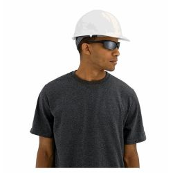 fit detail of 3M XLR8 White Hard Hat - Adjustable Ratcheting 4-Point Suspension