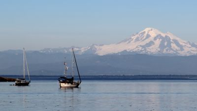 Anchored out with Mount Rainier